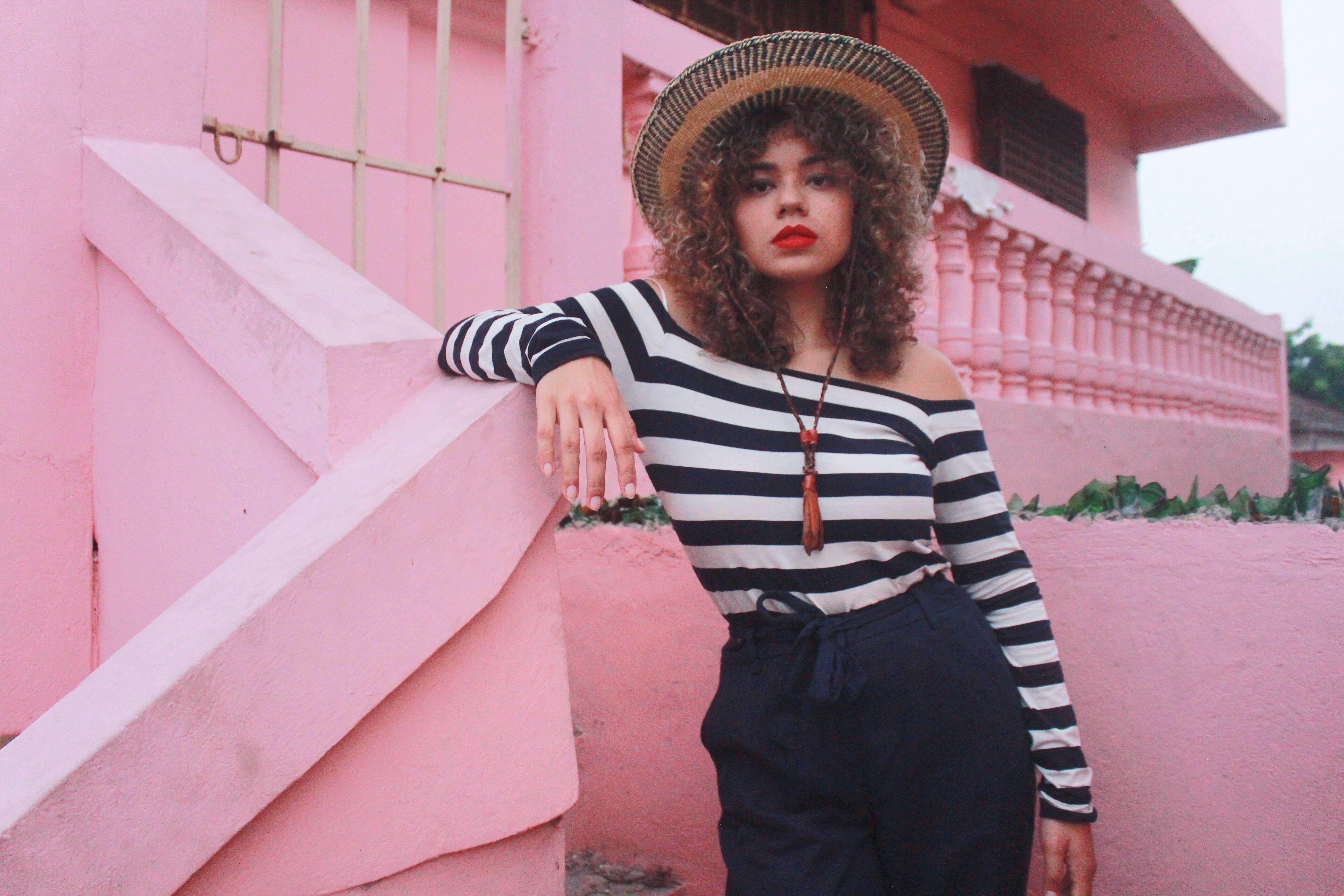 how to dress like a Mademoiselle