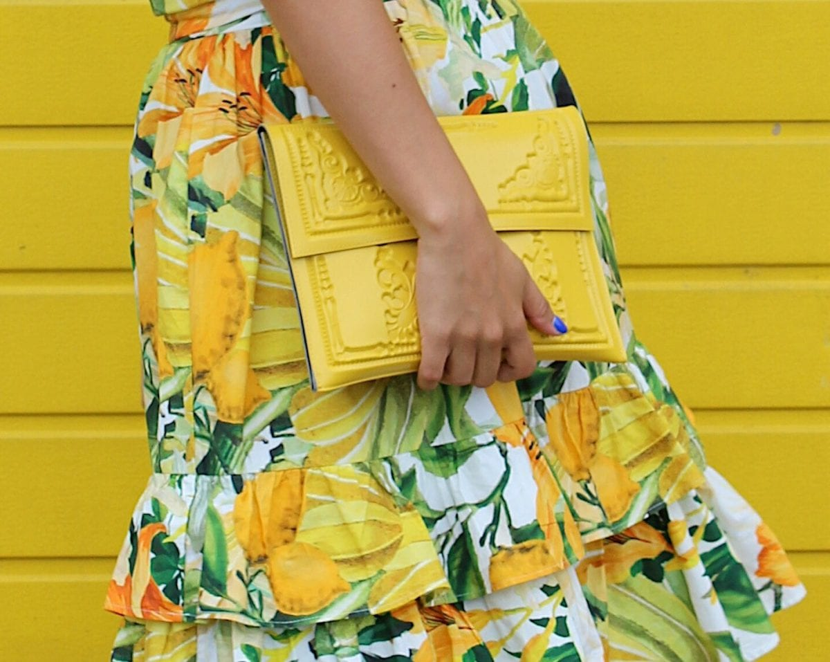 hello yellow! ➪ get your MeDusa bag with a discount